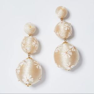 Ann Taylor straw wrapped floral ball earrings